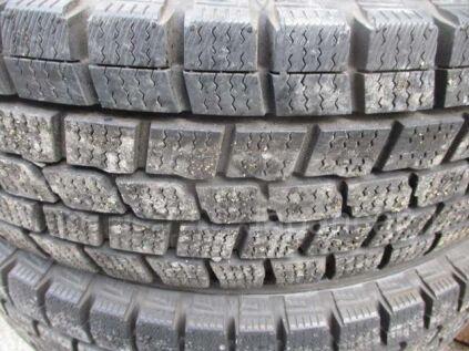 Зимние шины Dunlop 175/- 14 дюймов б/у во Владивостоке